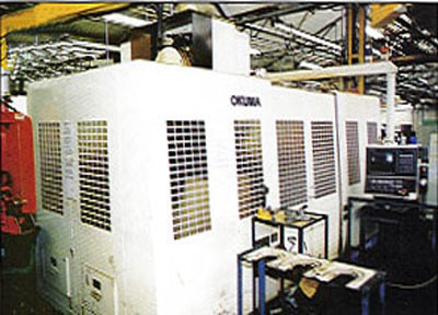 "Okuma MC-60B Vertical Machining Center OSP 7000M CNC, X=59.05"", Y=24.8"", Z=24.01"", 20 ATC, Rigid Tap, 50 Taper, 40HP, Probes, 5000 RPM,?1998"