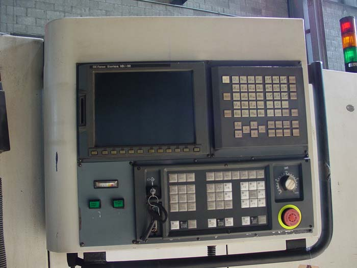 Cincinnati Lancer 2000 CNC Vertical Machining Center